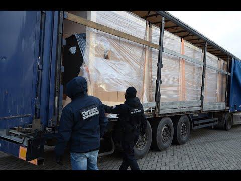 Gigantyczny transport nielegalnych papierosów przechwycony przez podlaskie służby