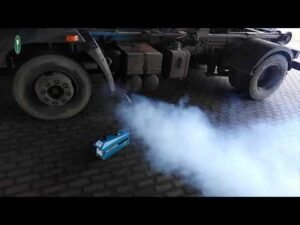 Dymiąca ciężarówka bez tachografu