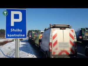 Gigantyczne ciężarówki na parkingu – nielegalny kabotaż wstrzymany