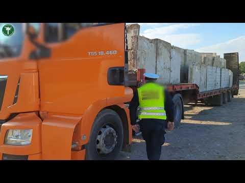 Niebezpieczny transport elementów betonowych